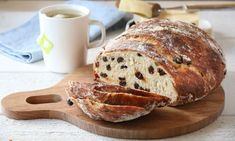 """Christmas sweetbread,""""julebrød"""", recipe by Trine. Best enjoyed warm with some butter and brown cheese and a steaming cup of coffee Christmas Feeling, White Christmas, Steaming Cup, Norwegian Food, Christmas Snacks, Christmas Ideas, Sweet Bread, Food Inspiration, Bread Recipes"""