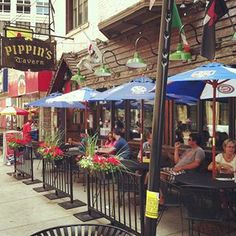 Pippin S Tavern Rush Street Chicago Restaurants City That Never Sleeps