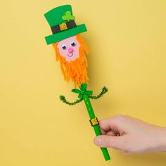 Free Kids St Patrick's Day Craft Ideas | Baker Ross | Creative Station St Patrick's Day Crafts, Fun Crafts, St Patricks Day, Craft Ideas, Creative, Outdoor Decor, Kids, Free, Fun Diy Crafts