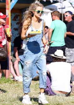 Cressida Bonas in a '90s inspired ensemble at #Glastonbury 2013 // #CelebrityStyle