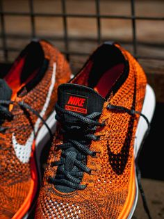save off a9731 a1e66 NIKE Flyknit Racer Total Orange
