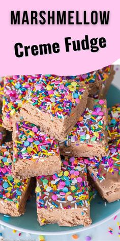 This Marshmallow Creme Fudge is a melt-in-your-mouth, creamy chocolate-marshmallowy fudge topped with SPRINKLES. It's so easy to make, it's fail-proof. ★ Fun Recipes, Best Dessert Recipes, Candy Recipes, Recipies, Small Desserts, Frozen Desserts, Easy Desserts, Cake Batter Truffles, Easy Chocolate Fudge