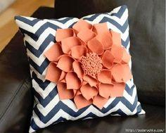 DIY Felt Flower Pillow - The Idea King