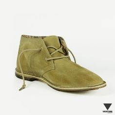 Le Crown Desert Boot. Vestire · Man s Shoes · Scarpe Stringate Uomo ... e3cee88b0ee