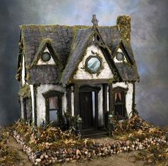 Ravenwing Witchy cottage    http://www.etsy.com/listing/50873439/ravenwing-cottage-witchs-dollhouse