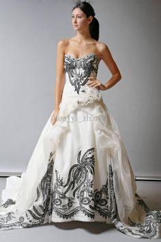 30+ Black and White Wedding Dresses Combination : Wedding Gowns Black And White Dresses
