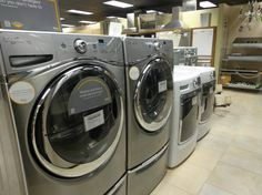We carry a large selection of appliances from most major brands.  We carry Amana, Whirlpool, Viking, Jenn Air, Wolf, Sub-Zero, and many more!  Come see some of our amazing package deals!