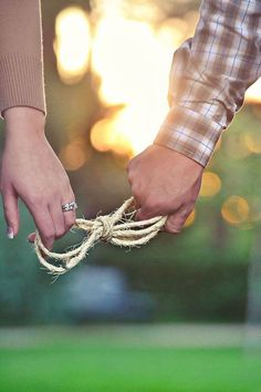 "Such a clever idea - 'tying the knot."" and a glimpse of her gorgeous ring! 15 Most Creative Engagement Announcement Photos Fall Engagement, Engagement Couple, Engagement Shoots, Engagement Ideas, Country Engagement Photos, Engagement Photo Props, Engagement Photo Inspiration, Couple Photography, Engagement Photography"