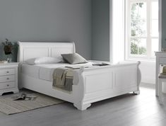 The Louie White Wooden Sleigh Bed is the perfect addition to any bedroom. A new and exciting product to our collection, this bed frame is sure to make you the envy of your friends and family. The Louie draws on the the influences of century Franc Oak King Size Bed, Wooden King Size Bed, White Wooden Bed, King Size Bed Frame, Wooden Bed Frames, Wood Beds, White Sleigh Bed, Wooden Sleigh Bed, Sleigh Bed Frame