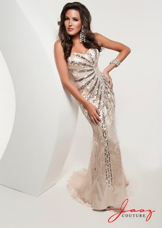 Head turning radiance via Jasz Couture #IPAProm #PromPinParty