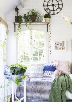 Päiväunipaikan voi tehdä melkein mihin tahansa kodin tilaan. Katso Unelmien Talo&Kodin 15 ideaa.