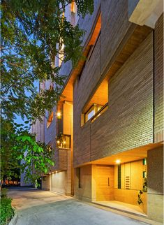 Gallery of Malek Residential Building / Piramun Architectural Office - 7