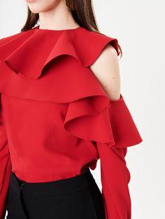 1a6a289b501 Oscar De La Renta Ruffle Cold-Shoulder Stretch-Silk Georgette Blouse - 0  Crimson
