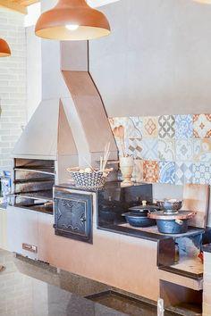Casa de Campo: Cozinhas campestres por Juliana Lahóz Arquitetura