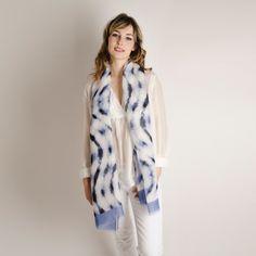 Etole Lin Soie Wave#fashion#accessoire#femme#foulard#textile intelligent#fleurs de Bach#scarf#bach flowers#emotis Textile Intelligent, Duster Coat, Fur Coat, Textiles, Jackets, Fashion, Bach Flowers, Blue Patterns, Headscarves