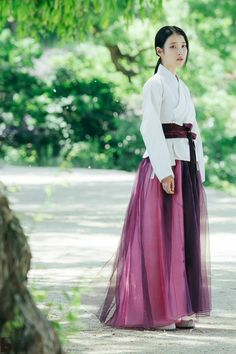 Moon Lovers: Scarlet Heart Ryeo (SBS (II) – Mis novelicas, kdramas… y más 💗 Korean Traditional Dress, Traditional Fashion, Traditional Dresses, Iu Moon Lovers, Lee Joon, Oriental Dress, Korean Hanbok, Scarlet Heart, Beautiful Costumes