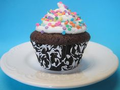 Milk Allergy Mom: Milk-Free and Egg-Free Cake- white cake option also icing recipe