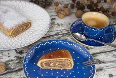 Nussstrudel - saftig und mit viel Fülle, so liebe ich es :-) Strudel, Gudrun, Recipes, Ring Cake, Treats, Bakken, Majorca, Birthday