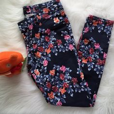 "Floral Pants Skinny floral pants (Junior) dark navy base with canvas like print (see last pic - inseam is ""29 and waist is 36"") No Trades - NWOT Islandia Pants"
