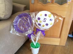 Willy wonka party lollipop decorations
