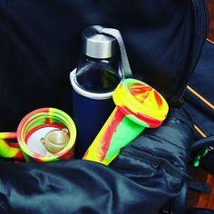 Packing my bag for a wonderful outing, guess flower or shatter?  #420life #weedlife #cannabissociety #kusharmy #bud #cannabis #weedstagram #instaweed   #marijuana #420 #710 #maryjane #stonernation #dailydabbers #smoke  #marihuana #weed #ganja #waxmaid  #waxmaidstore #magneto    #Regram via @waxmaidstore)