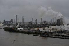 Harvey pone en peligro el suministro de combustible a Venezuela - http://www.notiexpresscolor.com/2017/08/28/harvey-pone-en-peligro-el-suministro-de-combustible-a-venezuela/
