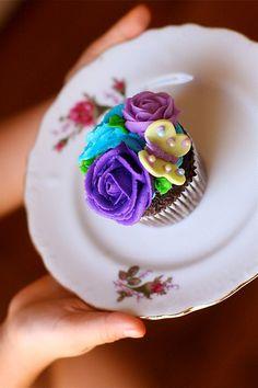 pretty lil cupcake