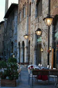 //Alfresco - San Gimignano, Tuscany #travel #places #photography