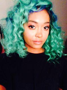 color. curls.