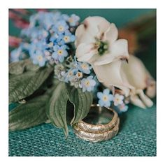 a professional picture of the bands I made last year for B & L. I love the retro softness that these flowers bring to this picture. Mountain Texture, Contemporary Jewellery, Photo Jewelry, Instagram Feed, Wedding Bands, Retro, My Love, Flowers, Pictures