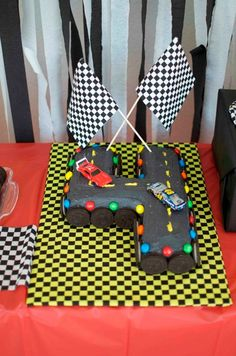 Real Party/Fiesta Friday – Bounce House Parties/M&M Racecar Party M&M racecar party racetrack cake Race Car Birthday, Race Car Party, Monster Truck Birthday, Cars Birthday Parties, Fourth Birthday, Monster Trucks, Lego Parties, Lego Birthday, Birthday Ideas