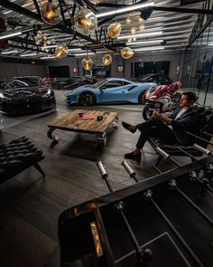 Imagine having a man cave like this Tag a buddy that should see tYou can find Money mo. Man Cave Garage, Dream Garage, Car Garage, Garage Walls, Garage Workshop Plans, Warehouse Living, Ultimate Garage, Gas Monkey Garage, Man Cave Home Bar