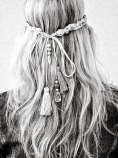 Hippi Saç Modelleri #hippie #hairstyle  http://issuu.com/womendergisi/docs/women_temmuz_2013_say__s__/26
