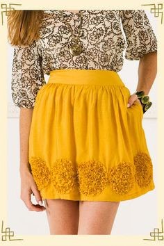 Debating if I should get this skirt. Does it work for fall or just summer? Could do major Color blocking with it