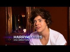 """One Direction Single Interviews HD. love this interview! It's hilarious because when Louis says """"insane"""" it sounds just like """"inzayn"""" One Direction Youtube, One Direction Videos, I Love One Direction, Harry Styles 2011, Harry Edward Styles, One Direction Singles, Love To Meet, My Love, Doctor Help"""