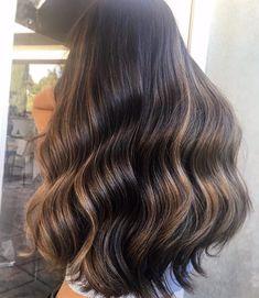 Fresh highlights on my girl 💕 Braided Bun Hairstyles, Down Hairstyles, Ghd Hair, Cute Hair Colors, Hair Heaven, Pinterest Hair, Hair Color And Cut, Platinum Blonde Hair, Hair Game