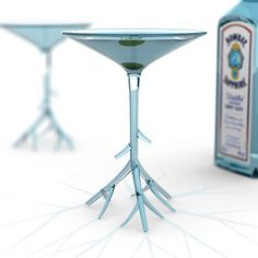 40 Unusually Creative Mugs, Cups & Glasses - Hongkiat Martini Glass to Compliment Bombay Sapphire. This martini glass will go well with it. Bombay Sapphire, Sapphire Gin, Verre Design, Glass Design, Martinis, Unique Wine Glasses, Funky Glasses, Vase Deco, Home Bar Accessories