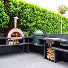Outdoors Discover Alfa wood and gas fired ovens for outdoor home use discover the best wood-fired ovens ever. Outdoor Pizza Oven Kits, Outdoor Bbq Kitchen, Outdoor Kitchen Design, Outdoor Cooking, Outdoor Kitchens, Outdoor Rooms, Outdoor Living, Garden Bbq Ideas, Patio Ideas