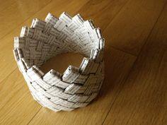 DIY tuto Un panier fabriqué avec un livre recyclé