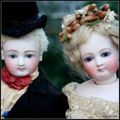 Close Up of french Fashion Bride & Groom sold by Signature Dolls #DollShopsUnited