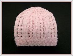 Bella baby hat, Mariana's pattern through ravelry