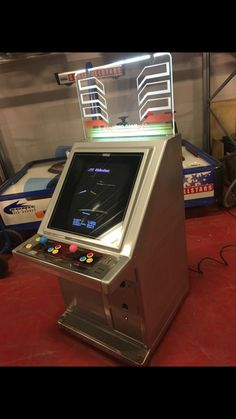 Arcade Machine, Diy Cabinets, Arcade Games, Otaku, Video Games, Candy, Board, Classic, Woodworking