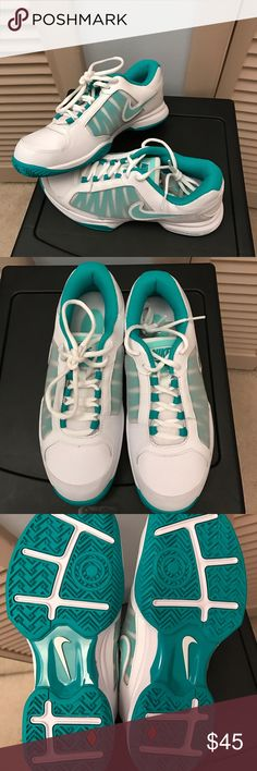 💖Nike sneakers NWOT💖 Brand new without tags, good sneaker for support! Nike Shoes Sneakers