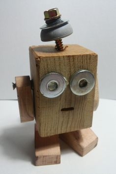 Rustic Wood Crafts, Wood Block Crafts, Wooden Crafts, Woodworking For Kids, Woodworking Crafts, Making Wooden Toys, Bois Diy, Small Wood Projects, Kids Wood
