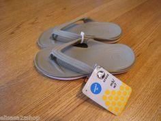 Mens crocs duet khaki oyster M 9 W 11 flip flops thongs sandals relaxed NEW NWT