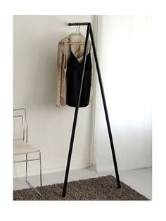 Two legs hanger for the bedroom, very practical to hang the clothes you want to wear the next day #smartdesign