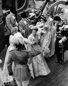 Elizabeth II arriving at her coronation 1953