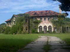 This historic mansion sits empty in Howie in the Hills, FL while heirs fight over what to do with it.  The Orlando Sentinel even had an article about its history.