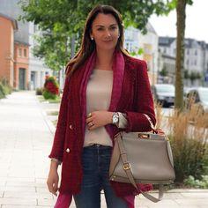 Morning 🙌🏽  .  #goodmorning#mylook #streetstyle#inspolook#dailyoutfit #fashiondiaries #instadaily #blogger_de #germanblogger #brazilianblogger#ü40 #ü40lifestyleblogger #ü40blogger #over40style #over40andfabulous #over40fashion #over40styleblogger #fendi#zara#gucci#ichheuteso#ichgeradeso#everydaylook #autumnstyle #modaderua#lookdeldia#lookdodia#autumncolors #outono2017 #stralsunderblogger    Rosatersi wears her de Caron watch ring.