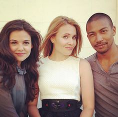Danielle Campbell, Leah Marie Pipes and Charles Michael Davis (The Originals Photo Shoot BTS)